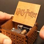 Premier-Bote--musique-Harry-Potter-grav-en-bois-Bote-dcorative-meilleurs-cadeaux-de-Nol-0